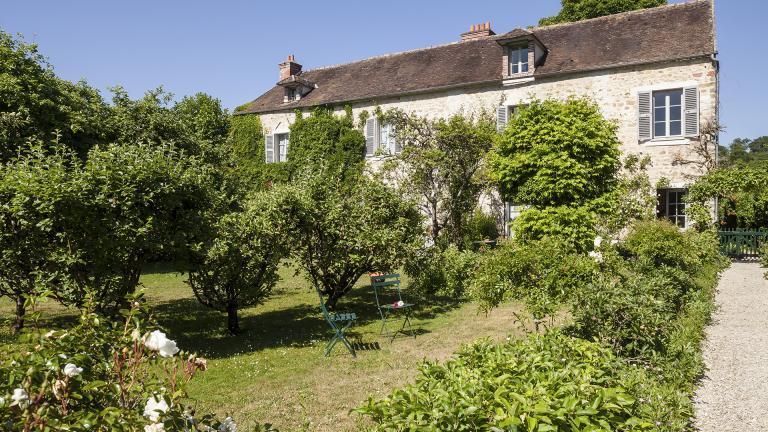 Maison musée Stéphane Mallarmé vue du jardin